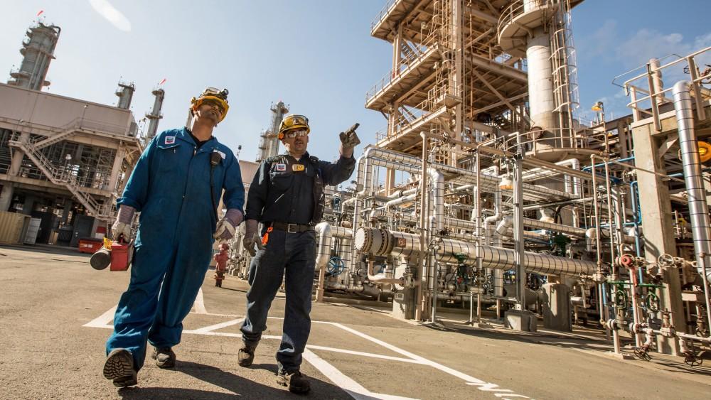 refinery101.2-11