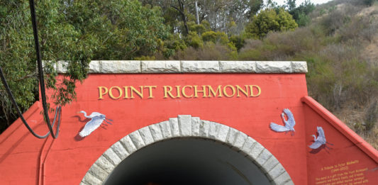 Point Richmond call-in radio show lifts spirits during pandemic