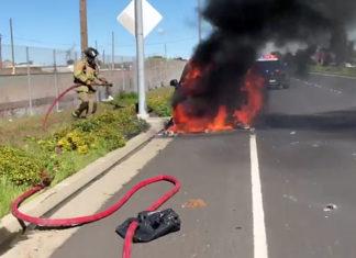 VIDEO: Richmond firefighters battle Parkway car fire