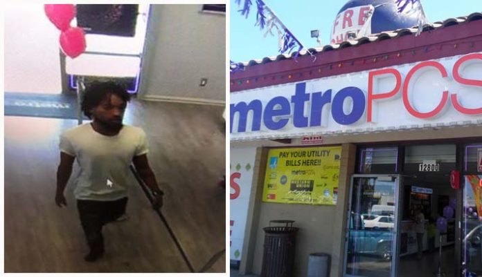 Man snatches iPhone XS Max from Richmond MetroPCS