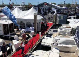 Pacific Sail & Power Boat Show docks in Richmond