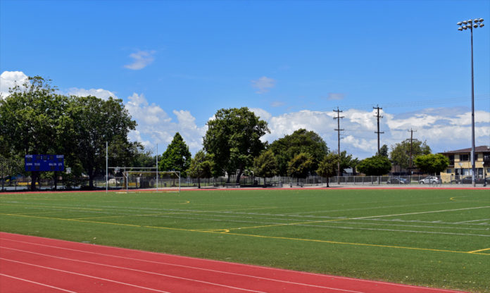 Raiders announce grant for new turf at MLK Jr. Field