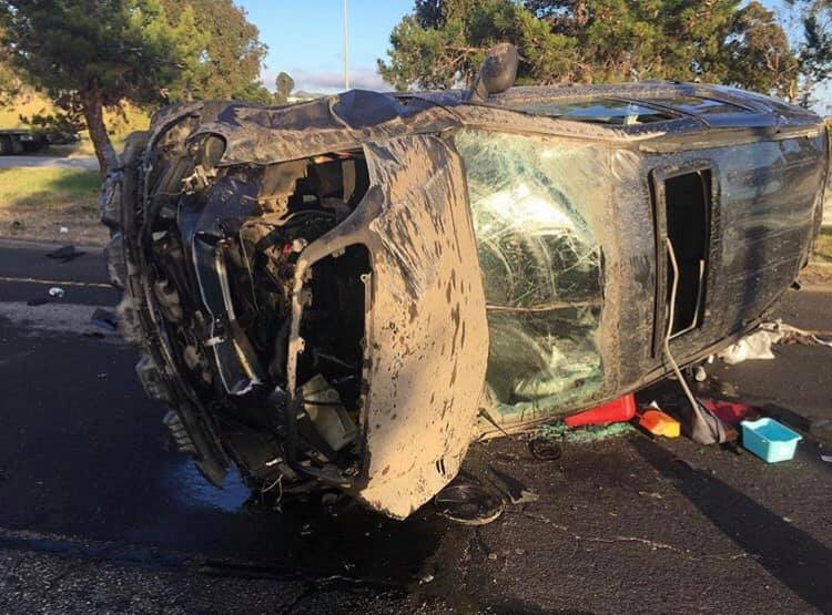 3 injured in rollover accident on Richmond Parkway