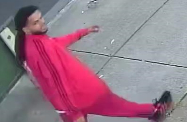Richmond police ask for help identifying armed robbery suspect