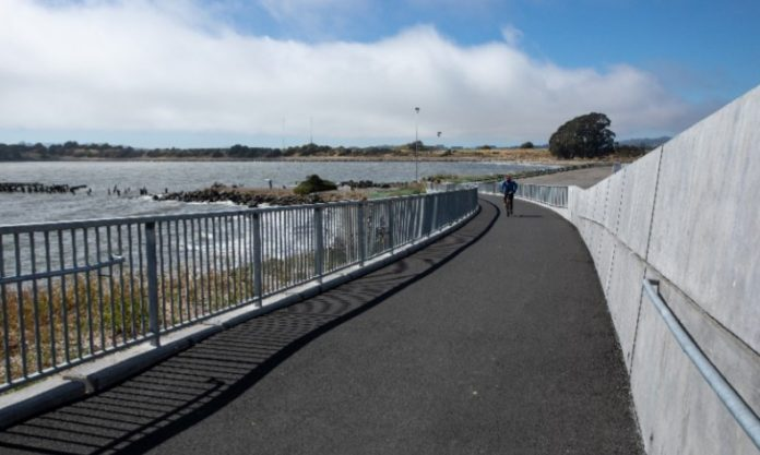New Bay Trail extension in Albany connects Richmond to Oakland