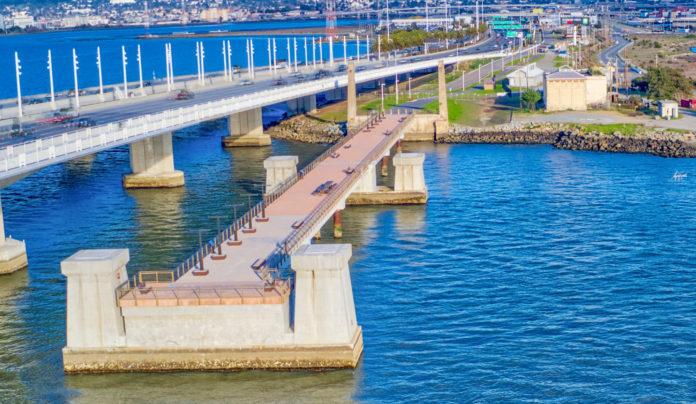 Brand new shoreline park opens on eastern side of Bay Bridge