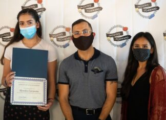 Moving Forward awards 7 local youth leaders with scholarships