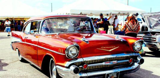 Classic car show revs up for Pinole return
