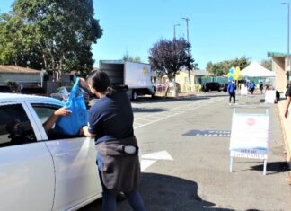 San Pablo Youth Commission helps students with back to school threads